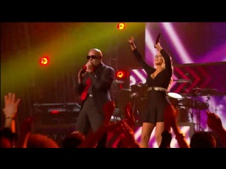 "Pitbull feat. Christina Aguilera - ""Feel This Moment"" (Billboard Awards 2013)"